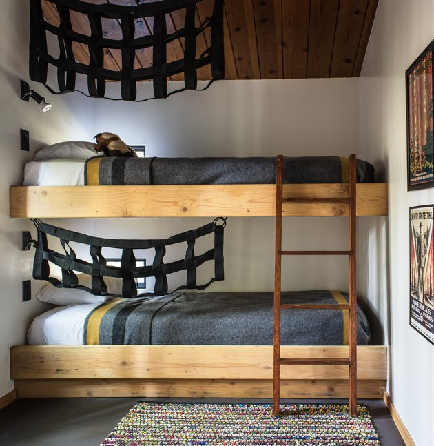 modern tiny house idea for bedroom with bunk beds
