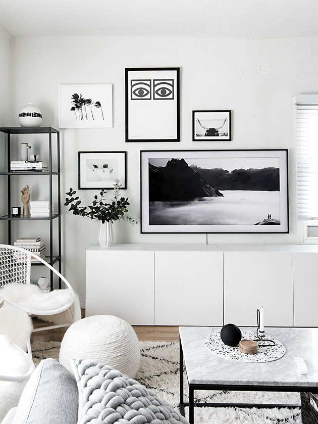 monochrome and minimal living room wall decor idea with samsung frame tv