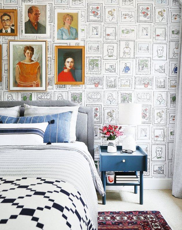 Maximalist small bedroom decorating idea