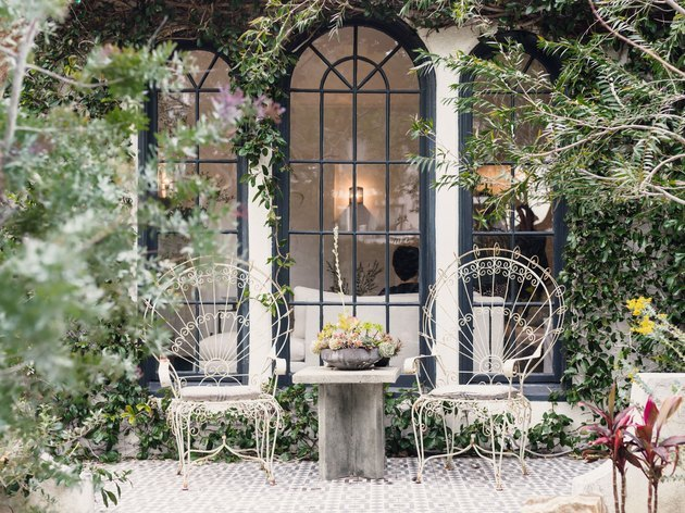 garden patio with two chairs