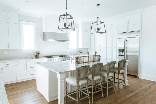 white rustic rustic glam decor in kitchen