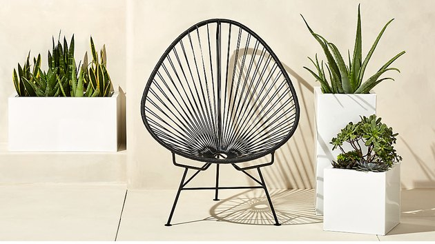 acapulco egg outdoor chair