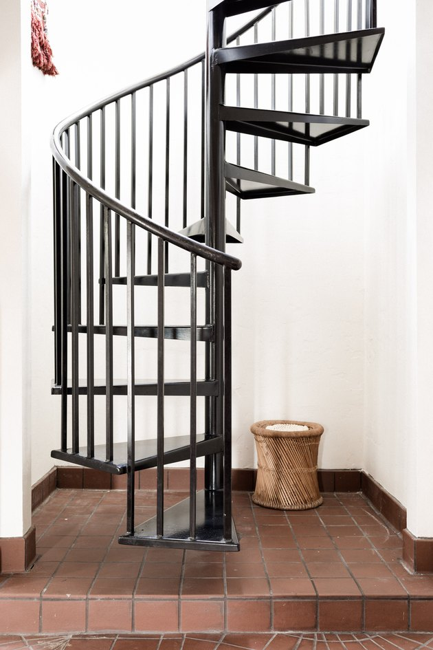 spiral black stair railing