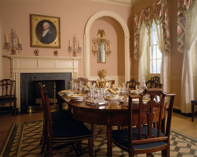 traditional style parlor room with wood table and chairs