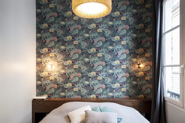 wallpaper above bed