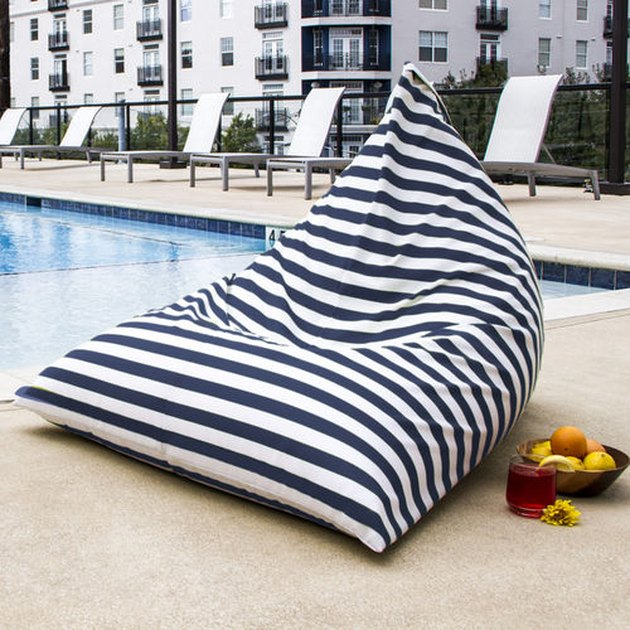 outdoor beanbag