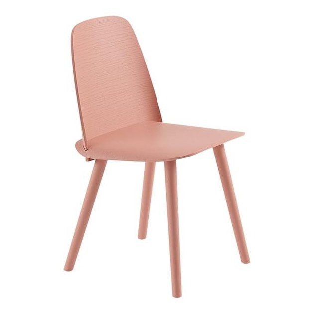 Muuto Nerd Chair, blush room decor