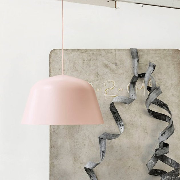 blush room decor with pendant by Muuto
