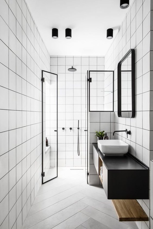 black-and-white bathroom idea with all white tile