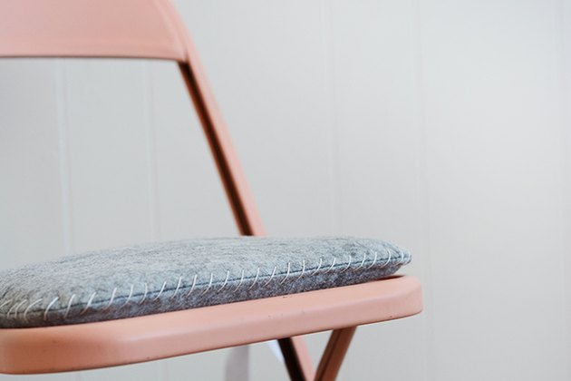 DIY seat cushion for a folding chair