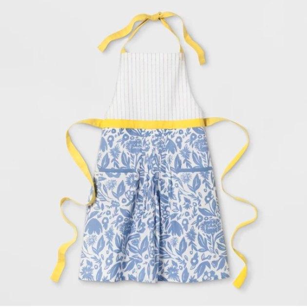 target gardening apron