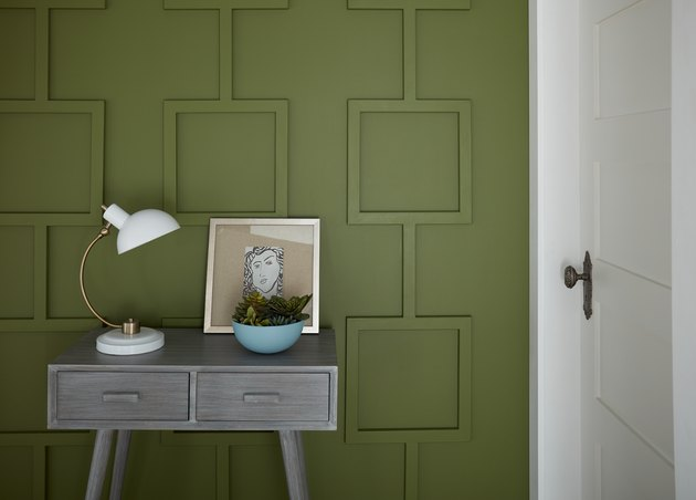 entryway with green wall