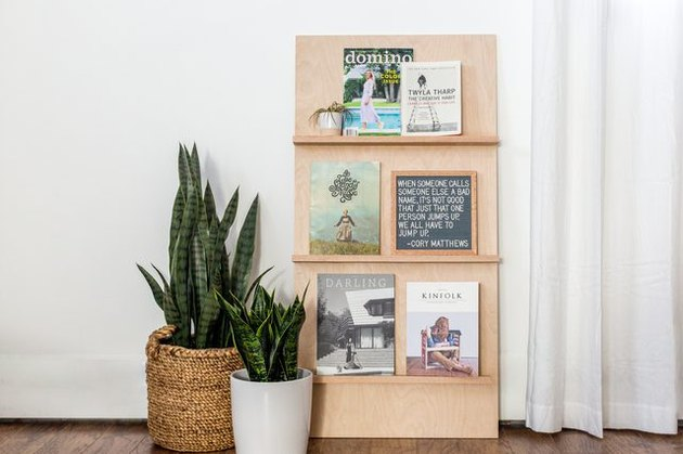 Simple freestanding plywood magazine rack