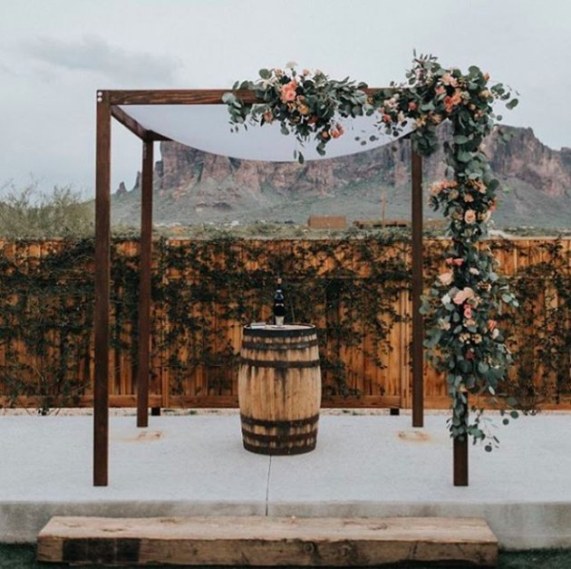 dark wood chuppah
