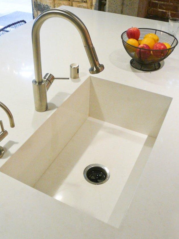 Integrated kitchen sink.