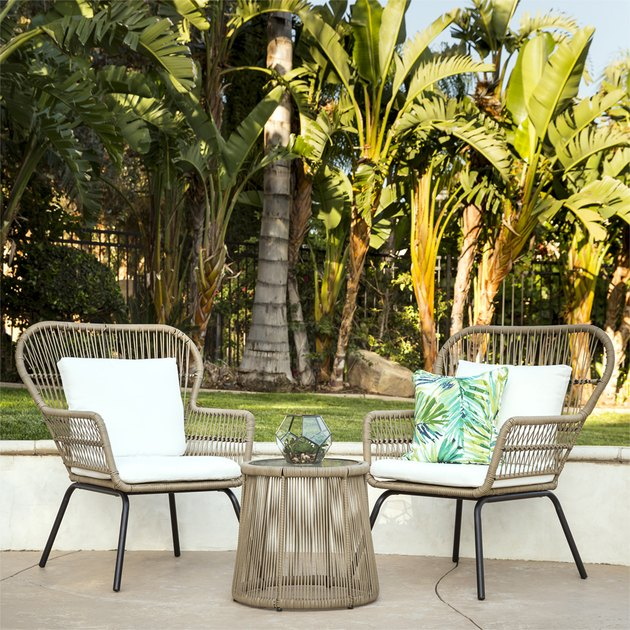outdoor patio under $500