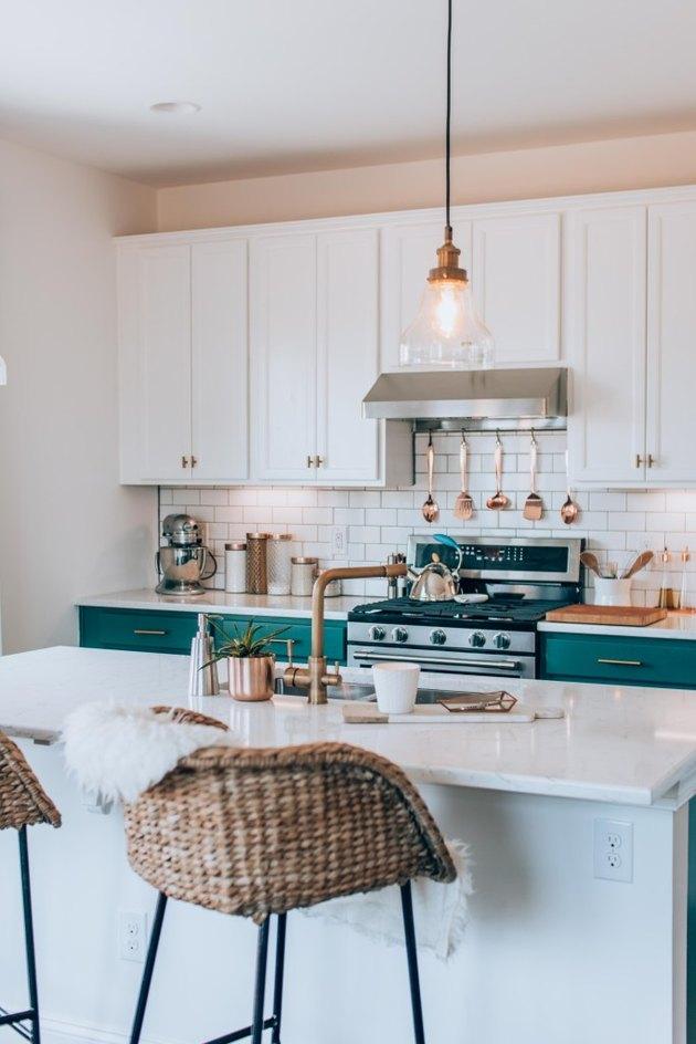 Single pendant small kitchen lighting