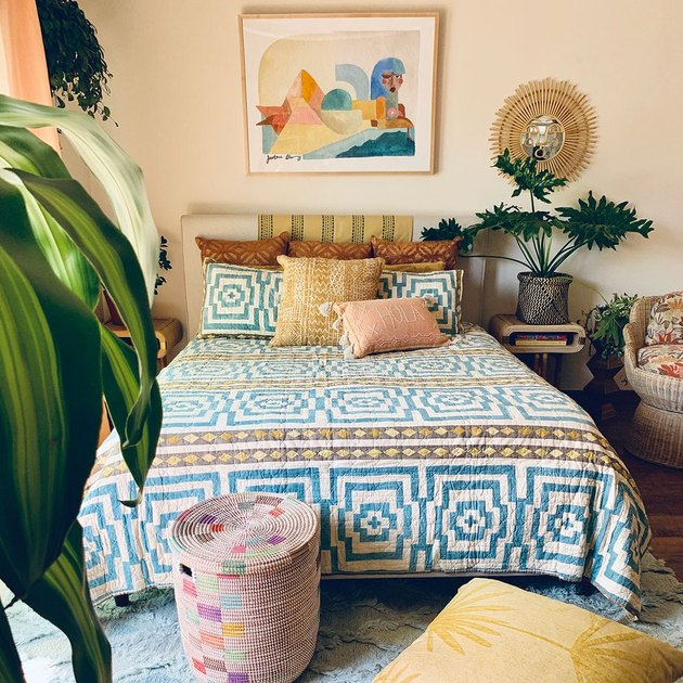 tropical bedroom idea
