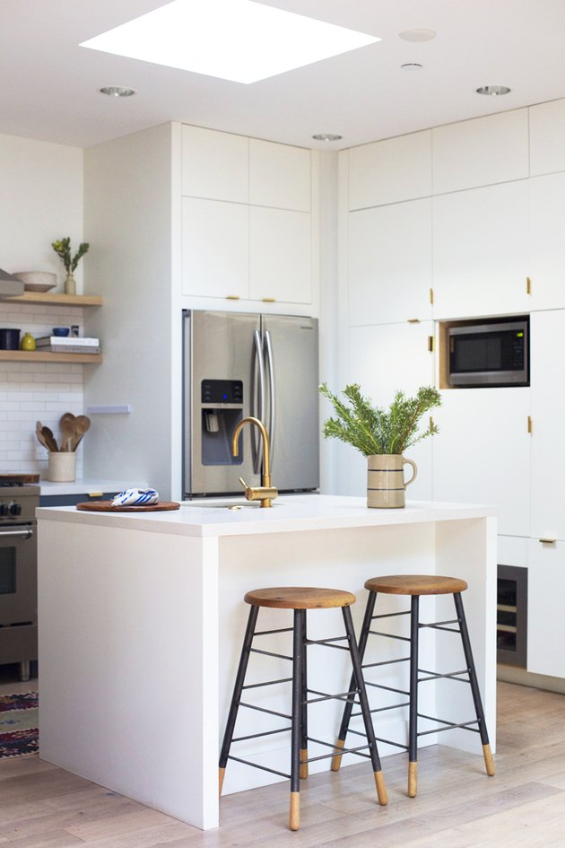 white Caesarstone kitchen countertops with white cabinets