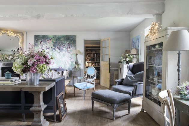Vintage living room idea by Shabby Chic founder Rachel Ashwell