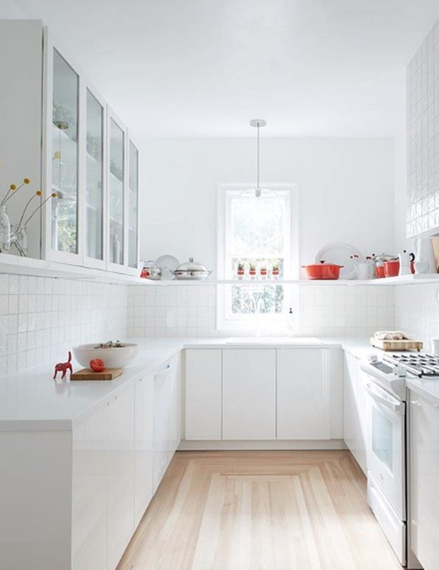 Here's some kitchen inspiration! White and brown epoxy ...