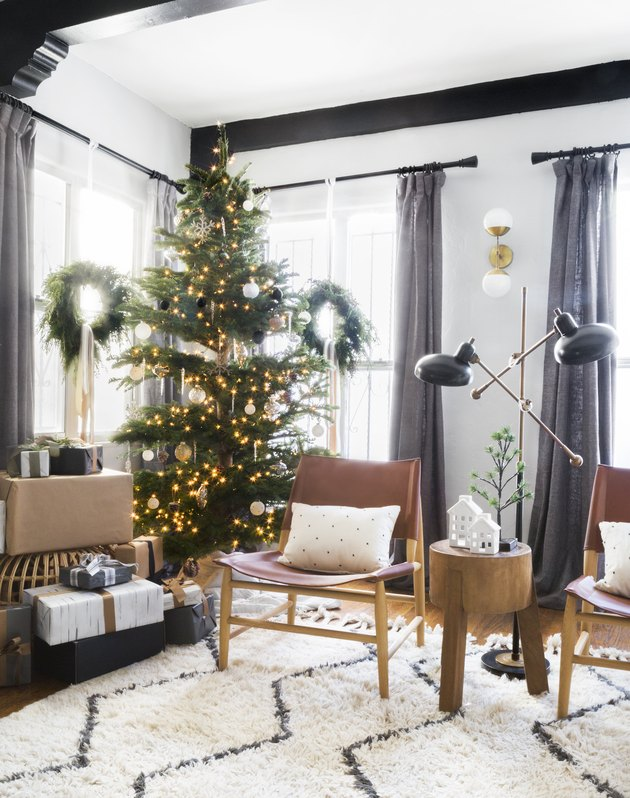 monochrome sparse modern christmas tree