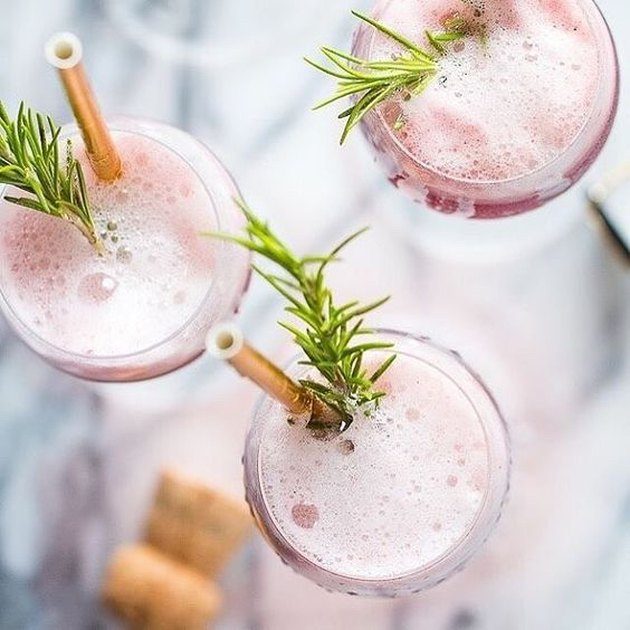rosé rasberry sorbet mimosas