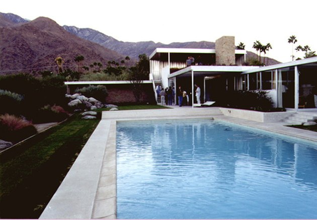 Richard Neutra's Kaufmann house seen from outside