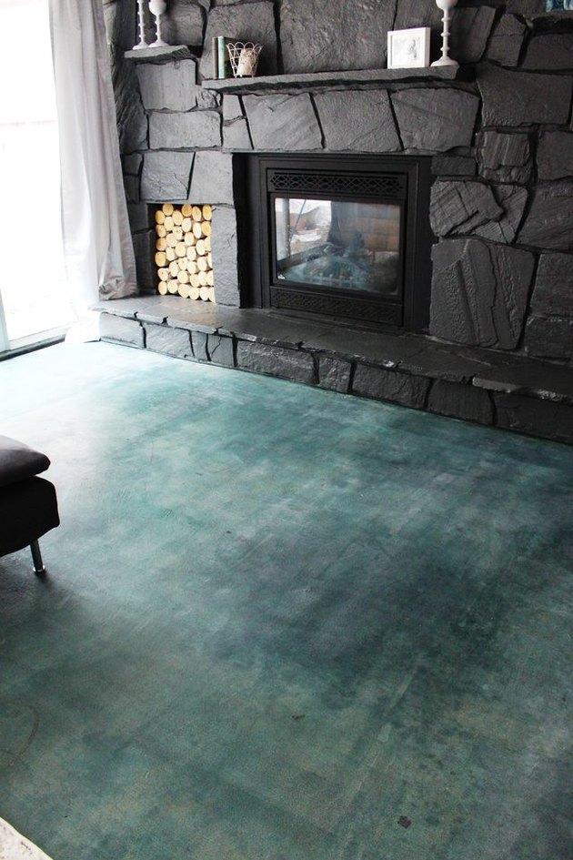 Acid Stain a Concrete Floor
