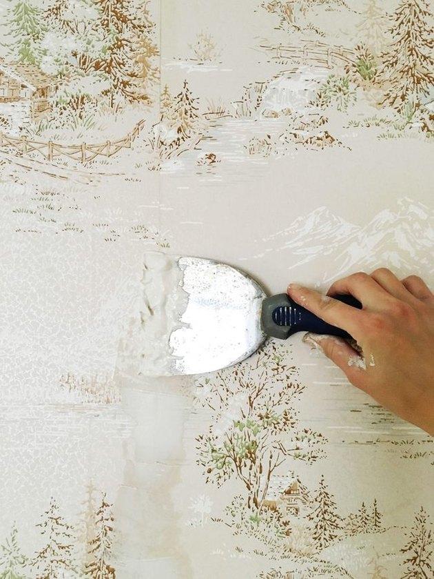 Comment appliquer de la peinture sur du papier peint
