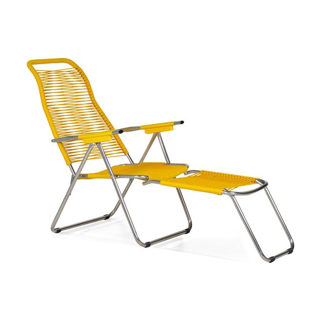 plastic folding lounge chair