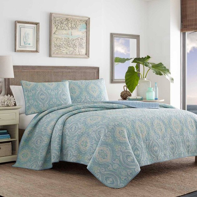 coastal furniture in bedroom