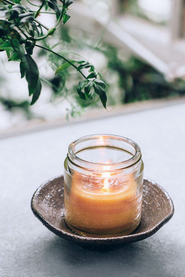 Beeswax Bug-Repelling Candle