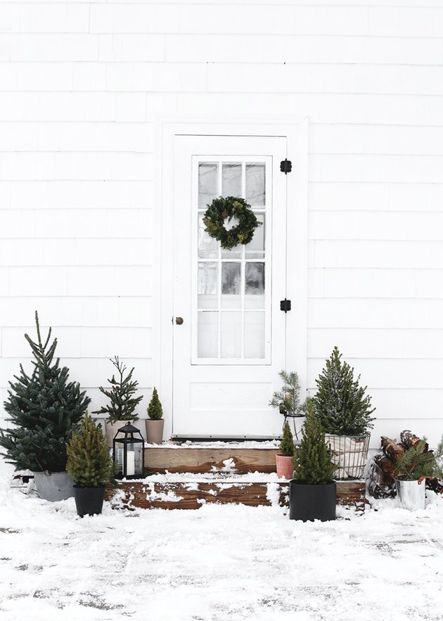 Outdoor Christmas wreath on patio by The Merrythought