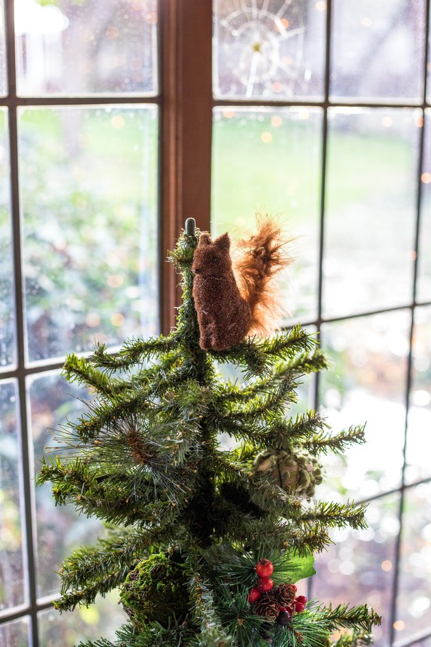 Christmas Tree Decoration ideas with squirrel tree topper