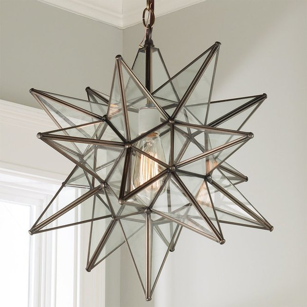Star-shaped glass pendant light