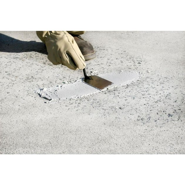 Concrete patching compound