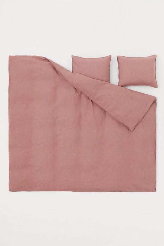 pink duvet