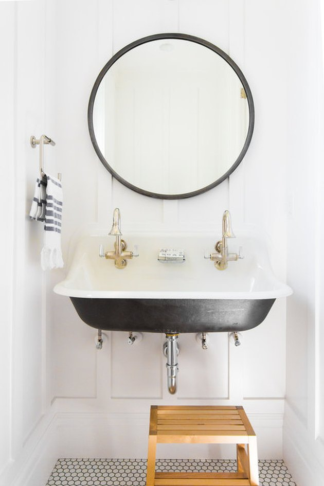 modern farmhouse trough sink in minimalist bathroom