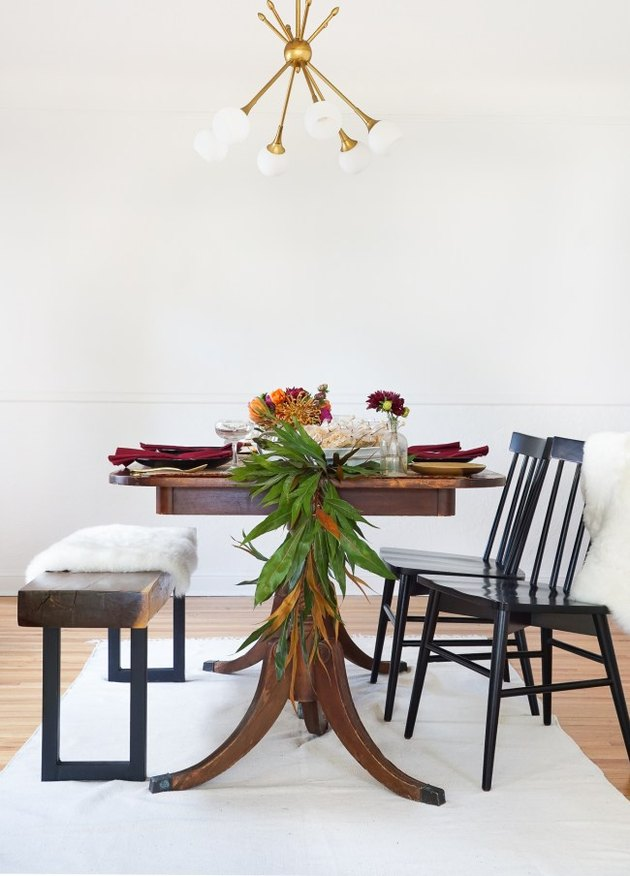 Thanksgiving centerpieces garland table runner by Francois et Moi