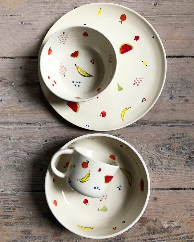 helen levi fruity dinnerware