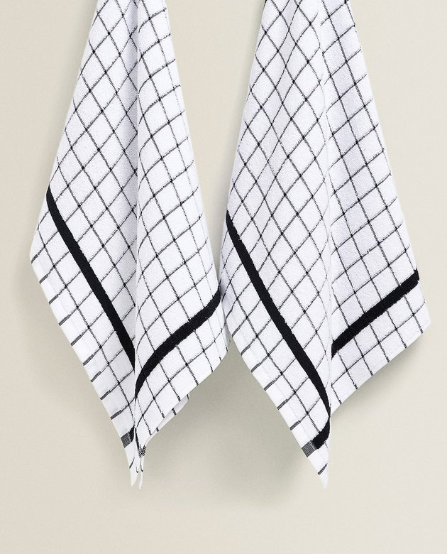 two checkered pattern kitchen towels