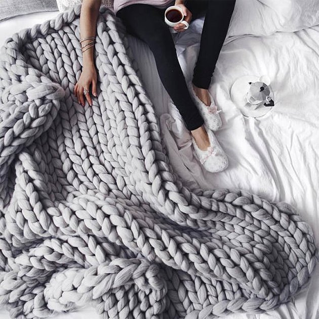 Gray chunky knit merino throw blanket