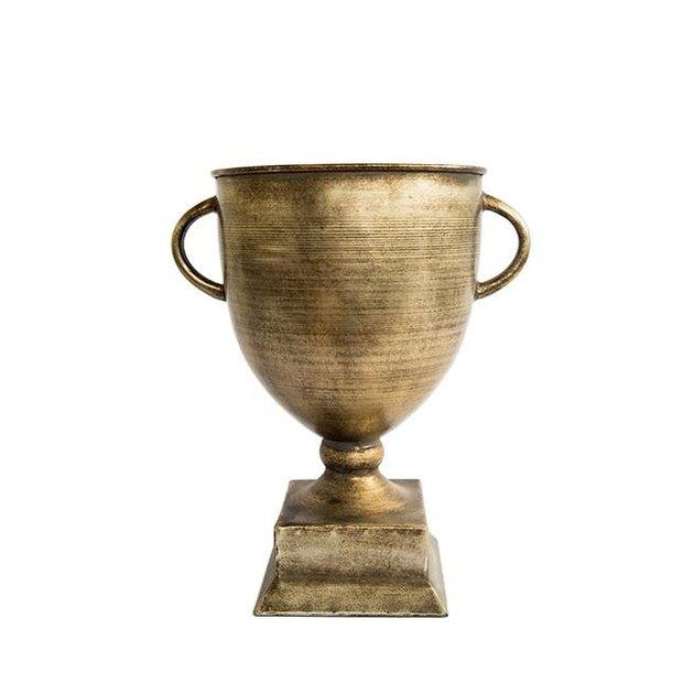 Kamille Trophy Urn
