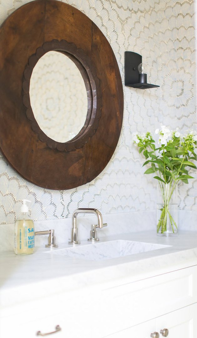 Coastal Decor ideas nautical wallpaper in bathroom
