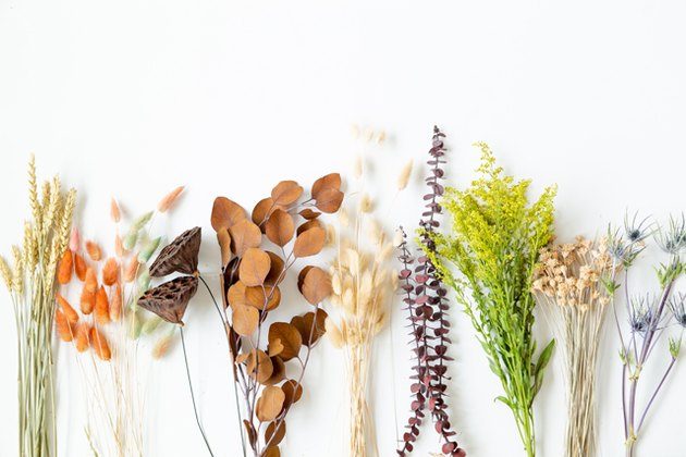Thanksgiving Dried Floral Arrangement DIY