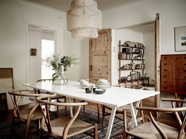 Dining room with Ikea Sinnerlig pendant