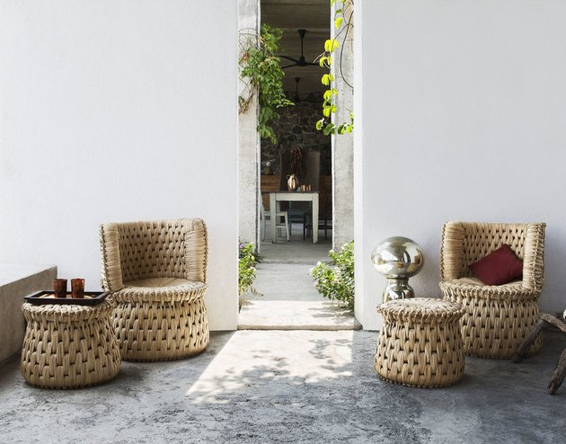 woven lounge chairs and ottomans