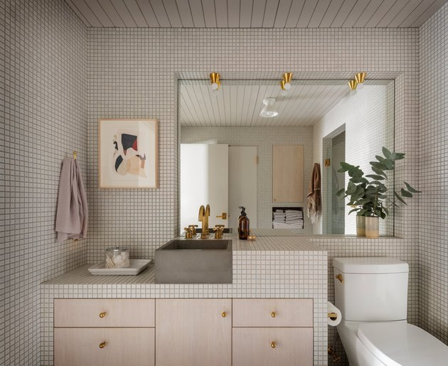small bathroom lighting idea with flush mount fixtures