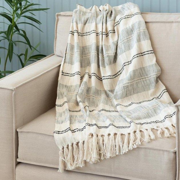 fringe throw blanket